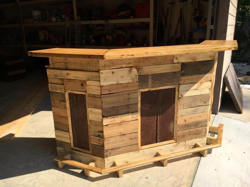 Custom Made Wood Pallet Bar