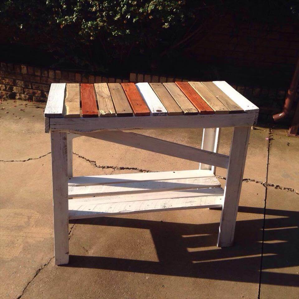 Fun Colored Pallet Hallway Table