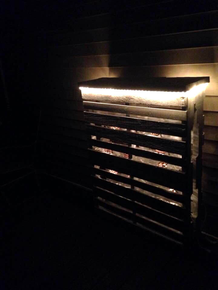Diy White Painted Pallet Deck Bar With Lights 101 Pallet