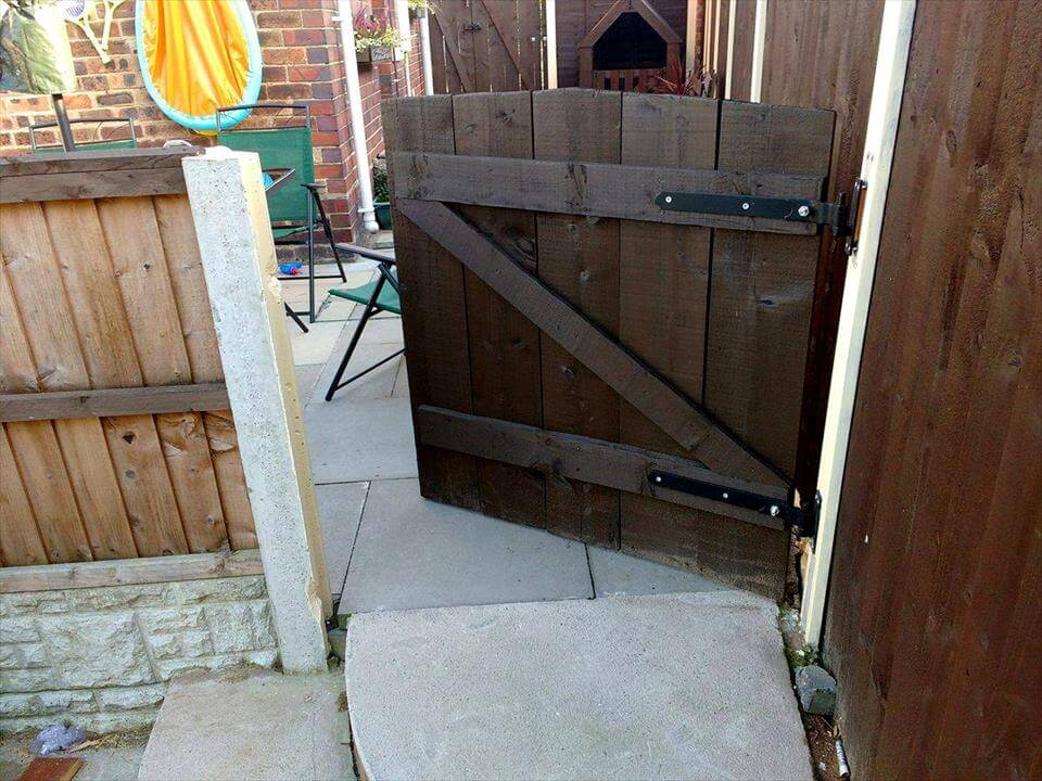 low-cost wooden pallet garden gate