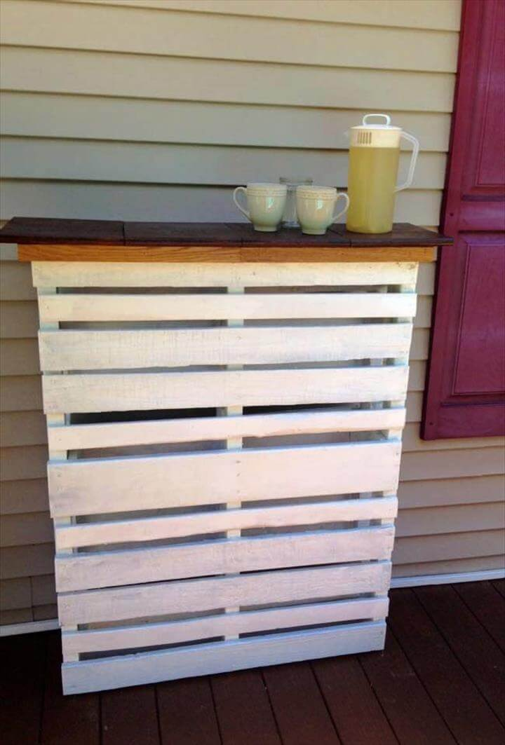 Diy white painted pallet deck bar with lights for White painted pallets