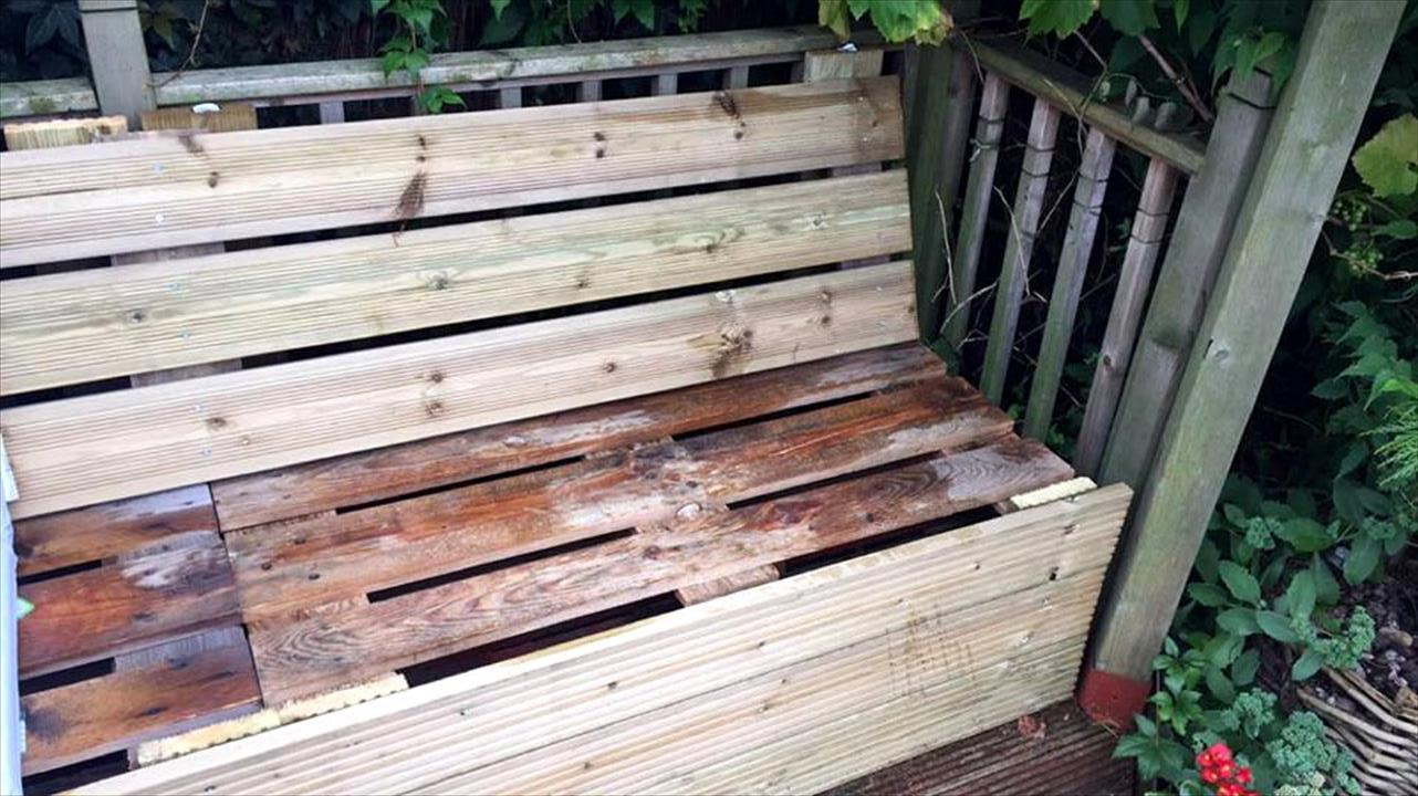 diy upcycled pallet sectional sofa. Black Bedroom Furniture Sets. Home Design Ideas