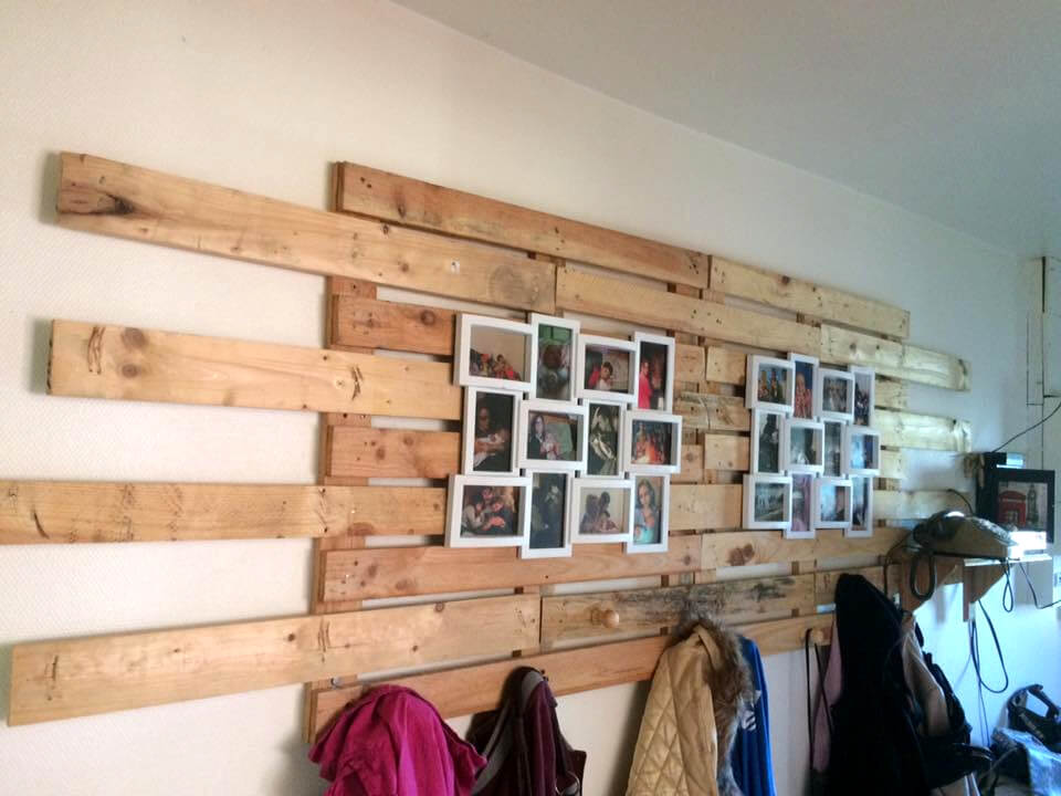 recycled pallet photo frame background and coat rack