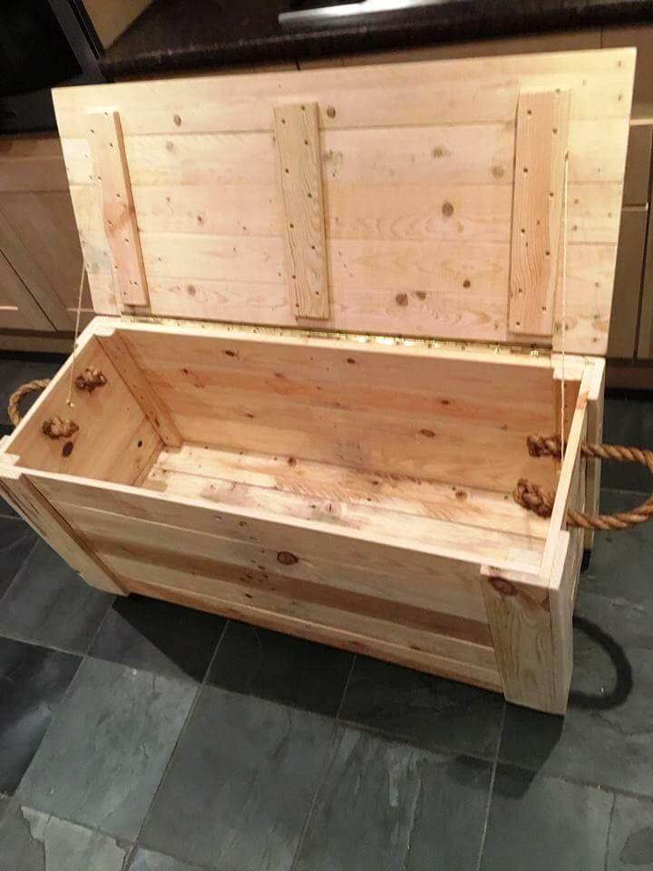 DIY Pallet Chest from only Pallets Wood