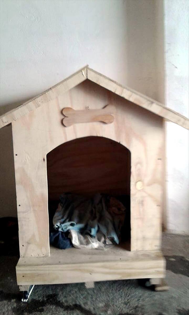 reclaimed pallet dog house