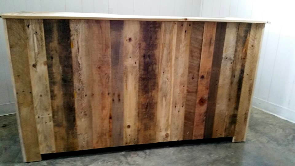 upcycled pallet entertainment center 101 pallet ideas